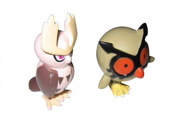 Pokemon Action Figures - Hoothoot & Noctowl