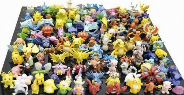 Lot 100 Pcs Pokemon Figures Random Pick