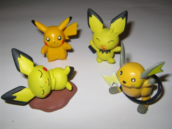 Pokemon Action Figures: Pikachu Raichu Pichu 1 & Pichu 2