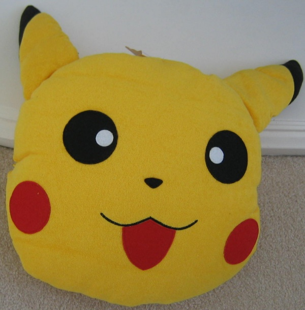 Pikachu Plush Pillow01 (Large)